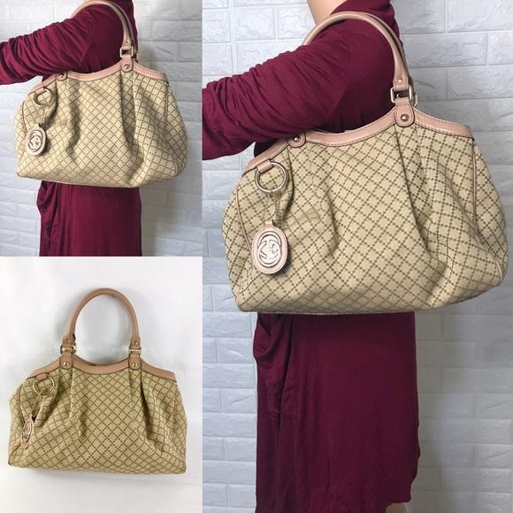 Gucci Handbags - 🌸STUNNING🌸 gucci shoulder bag